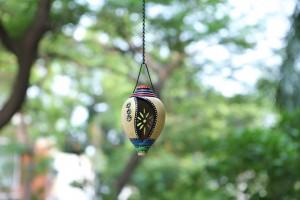 Terracotta Silver Color Shank Shape Hanging Tea Li...
