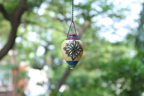 Terracotta Silver Color Shank Shape Hanging Tea Light Holder