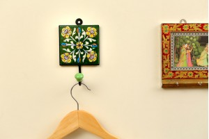 Blue Pottery Green Color Key and Cloth Hanger