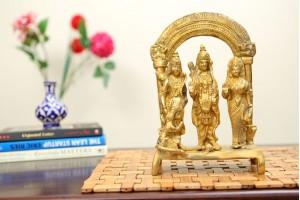 Brass Ram Darbar Figurine With Singhasan