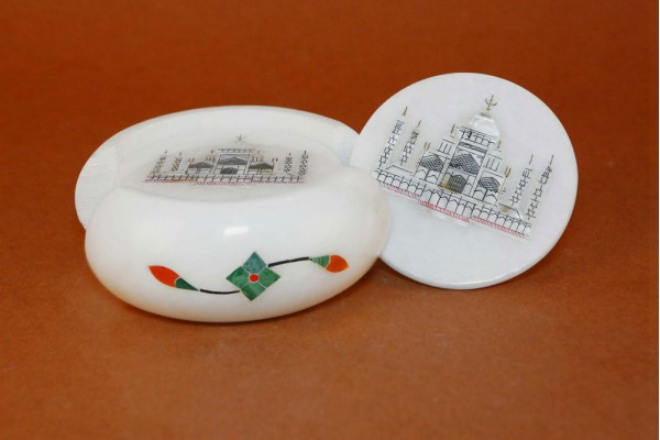 White Marble Tea Coaster With Floral Inlay Taj Mahal