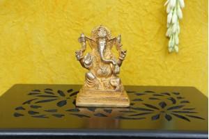 Brass Polish Ganesha Figurine