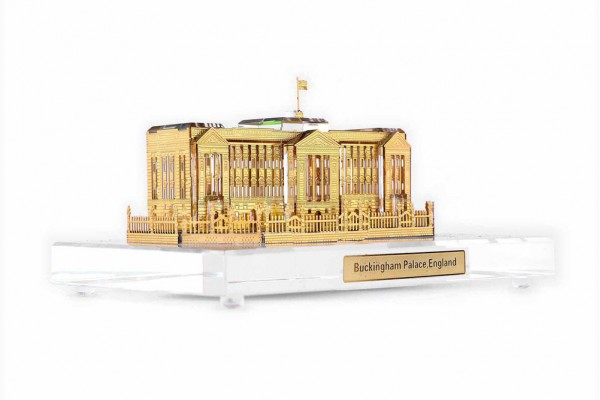 Crystal 24 Karat Gold Plated Large Buckingham Palace