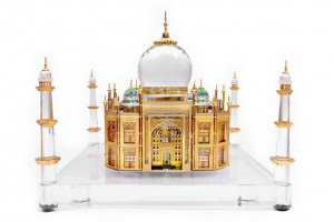Crystal Extra Large 24 Karat Gold Plated Taj Mahal