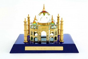 Crystal Small 24 Karat Gold Plated Taj Mahal